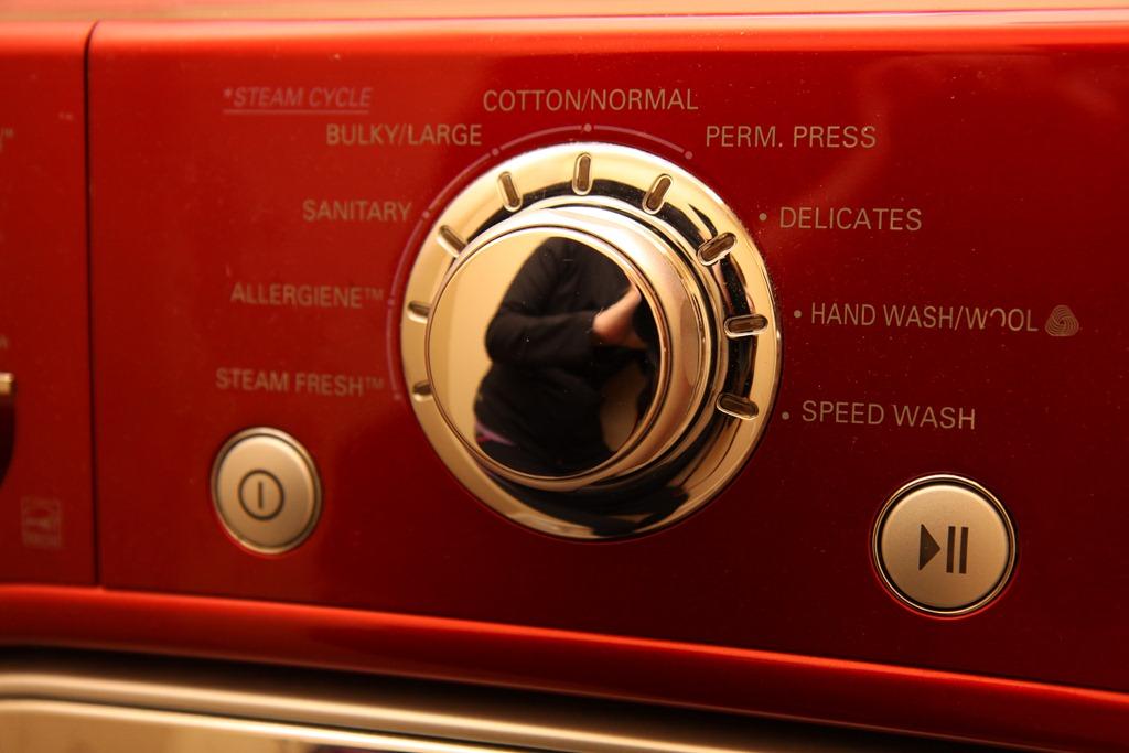 Goodbye Lg 4 5 Steam Washer Amp Dryer In Red Momstart