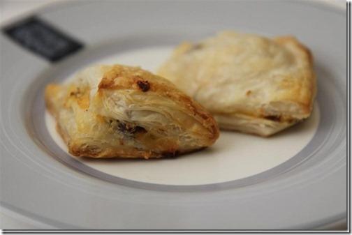sausage-puff-pastry_thumb[1]