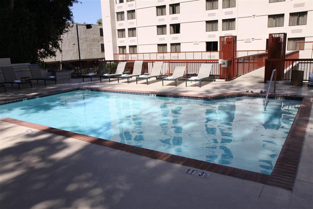 Hilton Garden Inn Los Angeles Hollywood Location Momstart