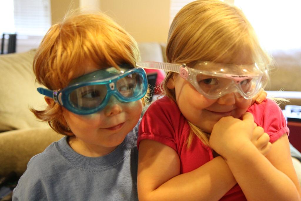 2595f25009b Aqua Sphere Seal Kid Swim Mask goggles and the Vista Jr. Swim Mask ...