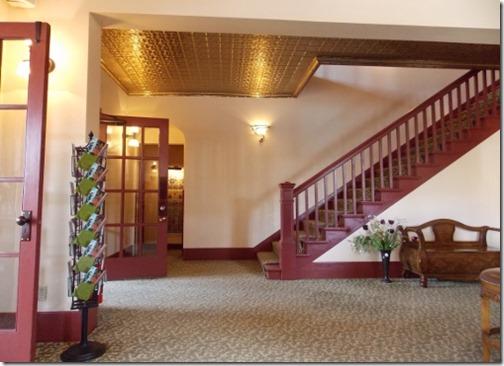 chamberlin lobby