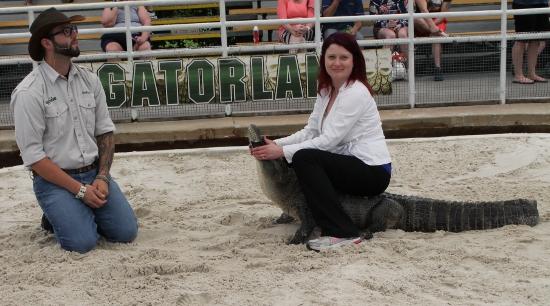 Beeb wrestles a gator!