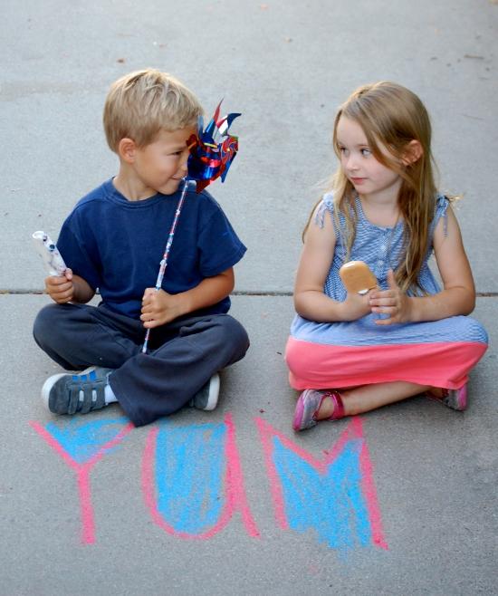 Cute kids enjoying ice pops!