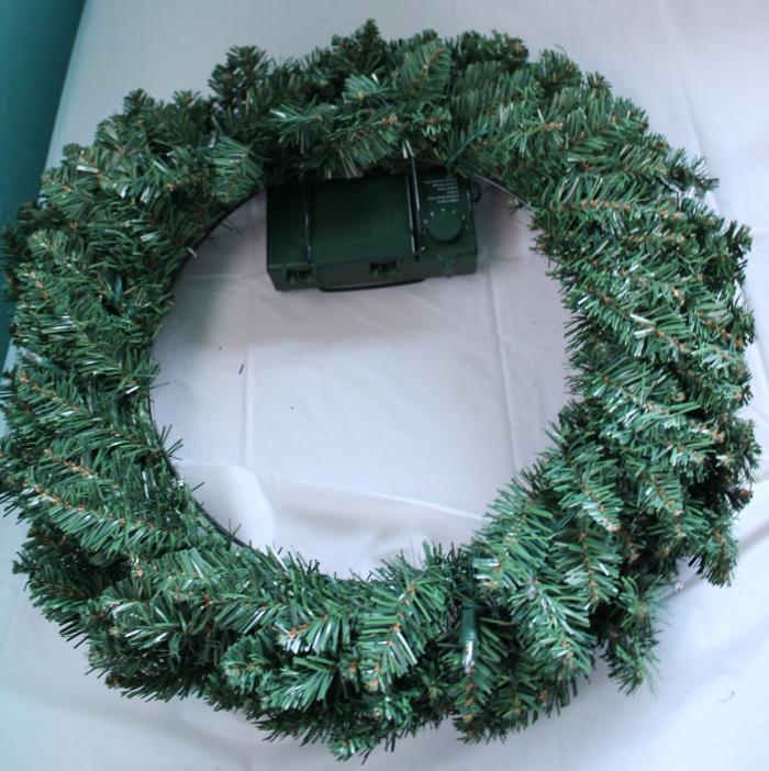 Prelit Wreath