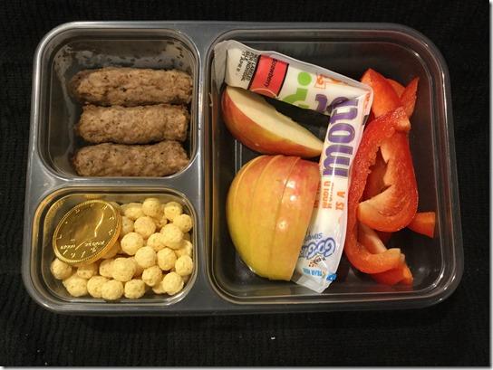 Bento Box yogurt, peppers, apples sausage