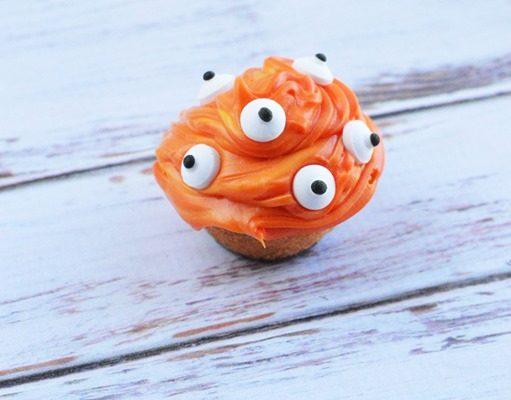 Mini Eyes Cupcakes Recipe