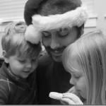Photography: Family Moment Of Christmas Joy