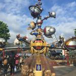 Disneyland Diamond Edition & Tomorrowland #TomorrowlandEvent