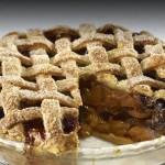 Recipe: Apple Pie With Dried Fruit & Caramel Sauce