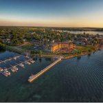 10 Amazing Photos of 1000 Islands Harbor Hotel Fire & Ice