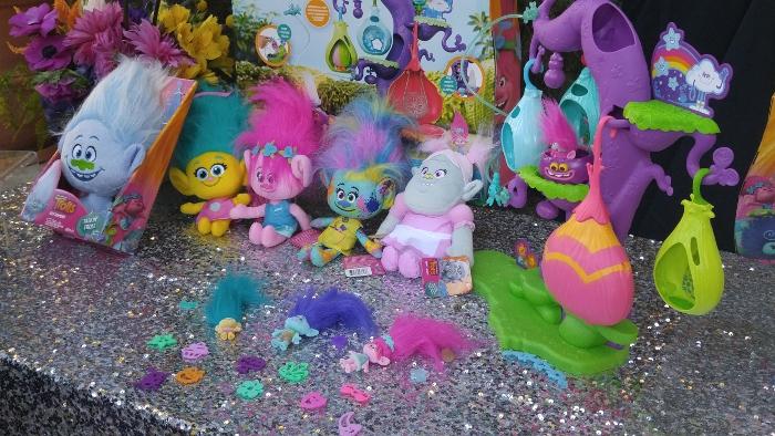 Trolls plush toys