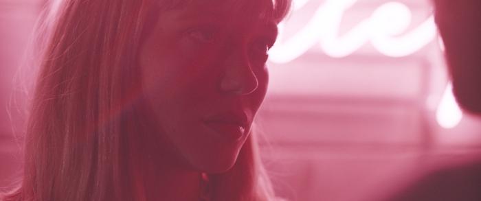 Lea Seydoux as Zoe