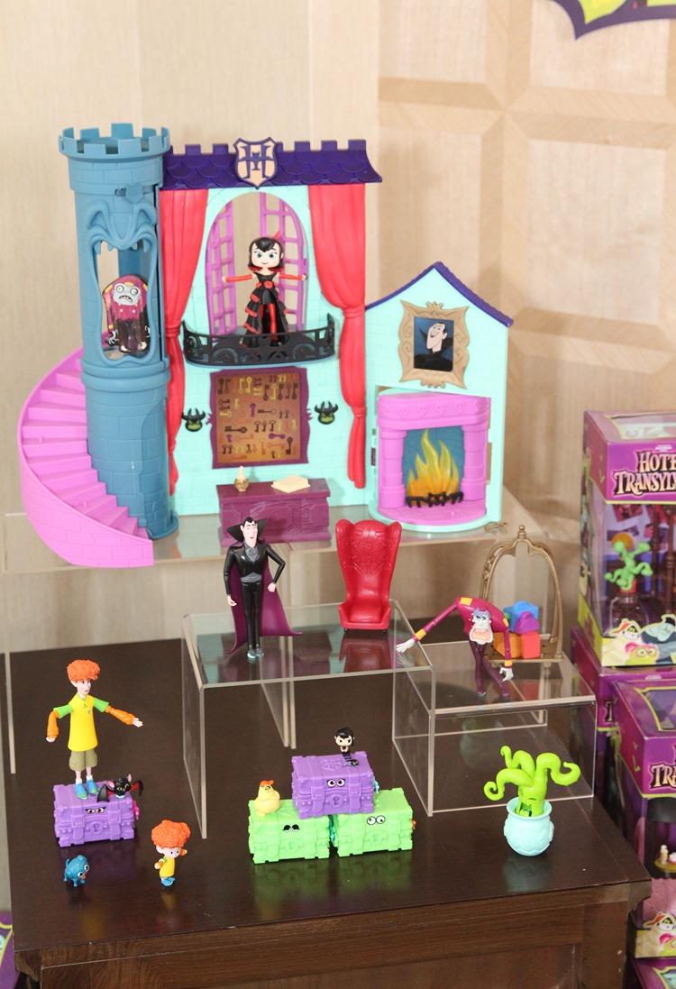 Hotel Transylvania 3 Toy Line